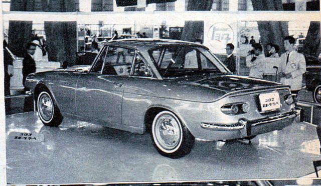196303