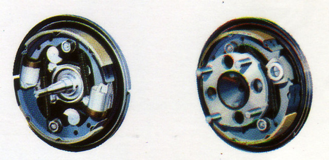196823